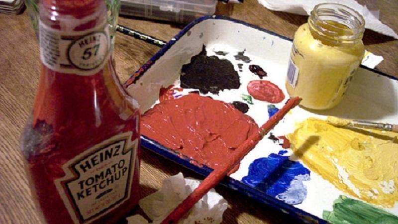 кетчуп вместо красок
