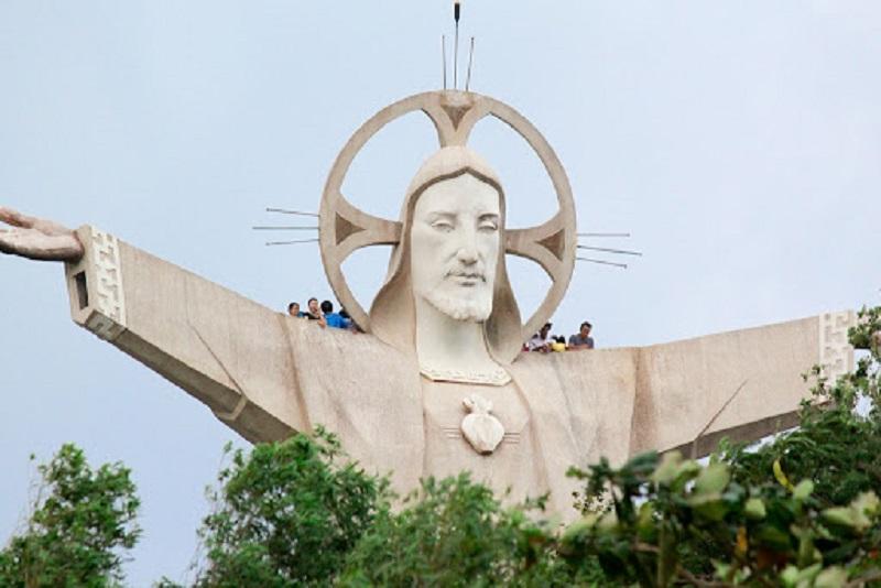 статуя иисуса смотровая площадка