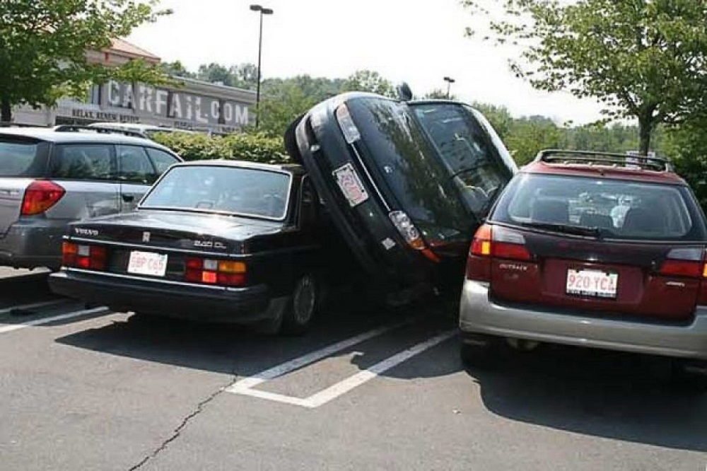 парковка машины боком