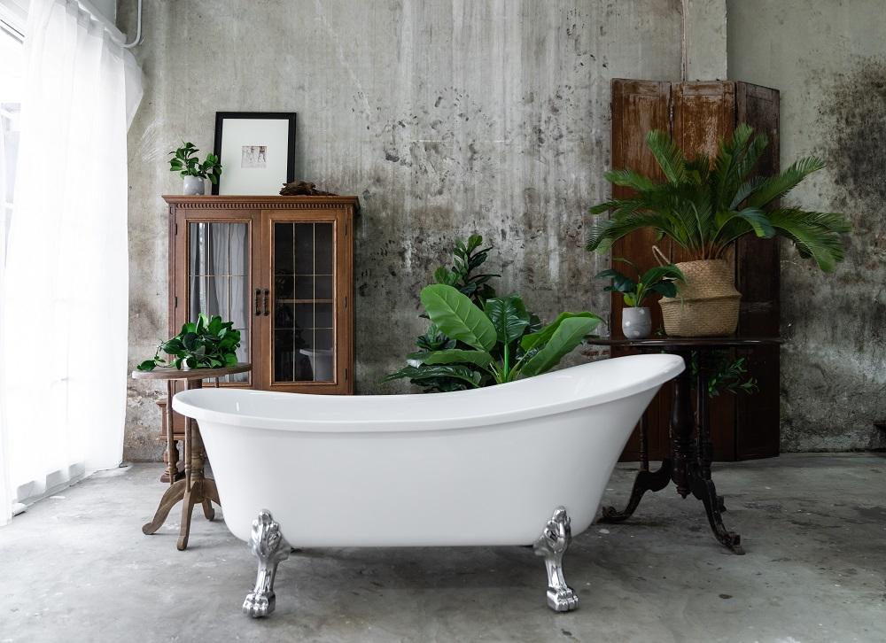 ванна с вазонами
