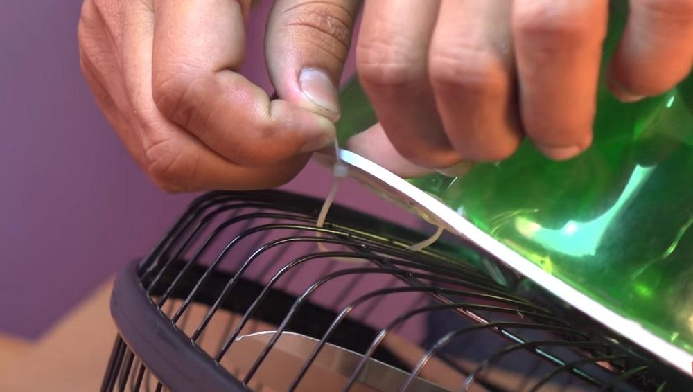 закрепить заготовку кабельными стяжками