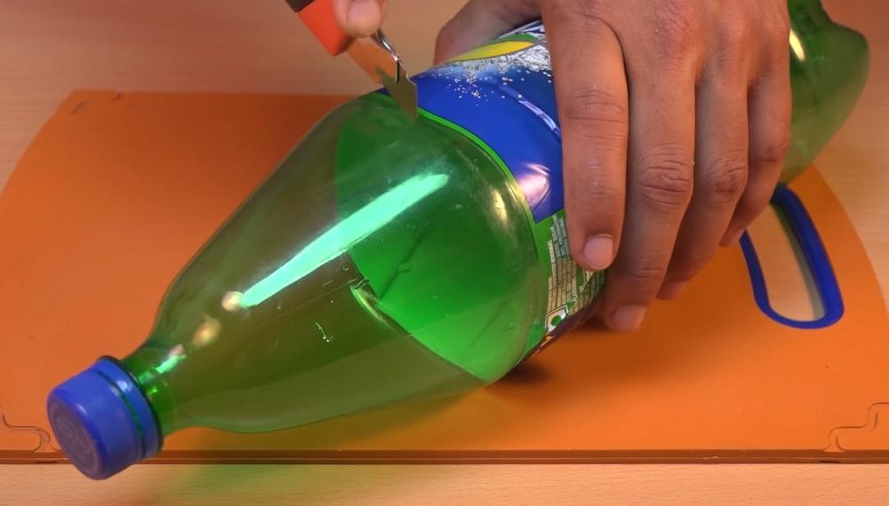 обрезать бутылку для кондиционера