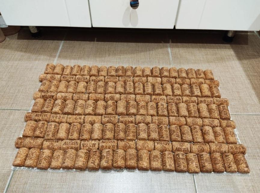 готовый пробковый коврик