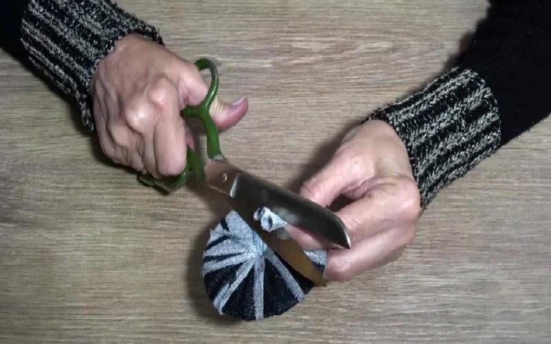как зашить края на крышке