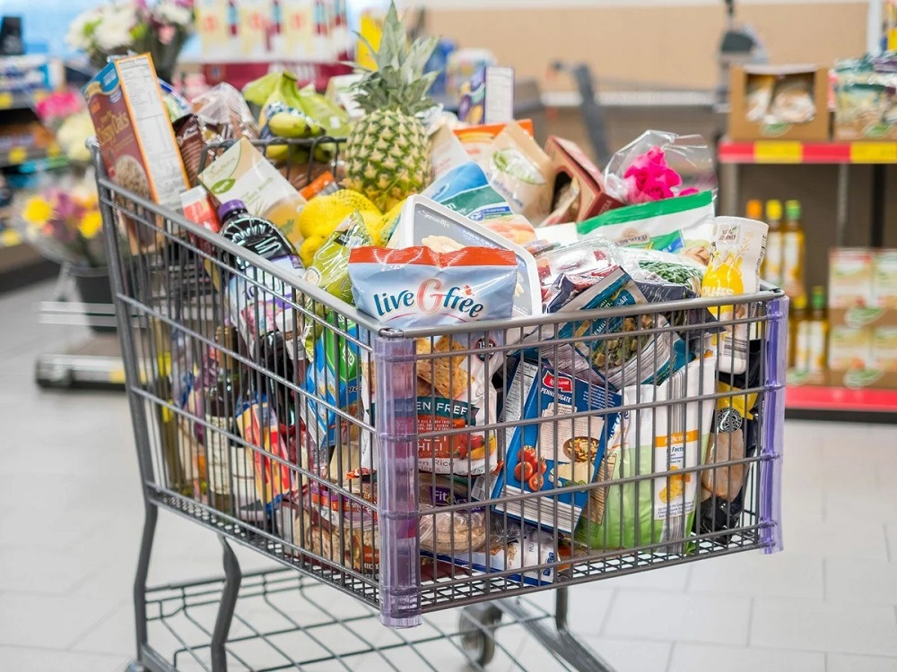 маркетинговый ход большая тележка в супермаркете