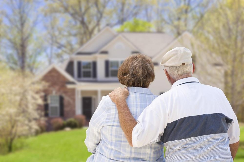 минусы частного дома пожилые люди