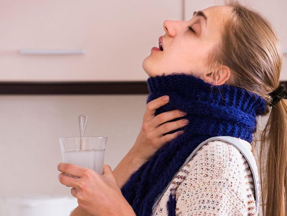 полоскать горло содой народные средства от кашля