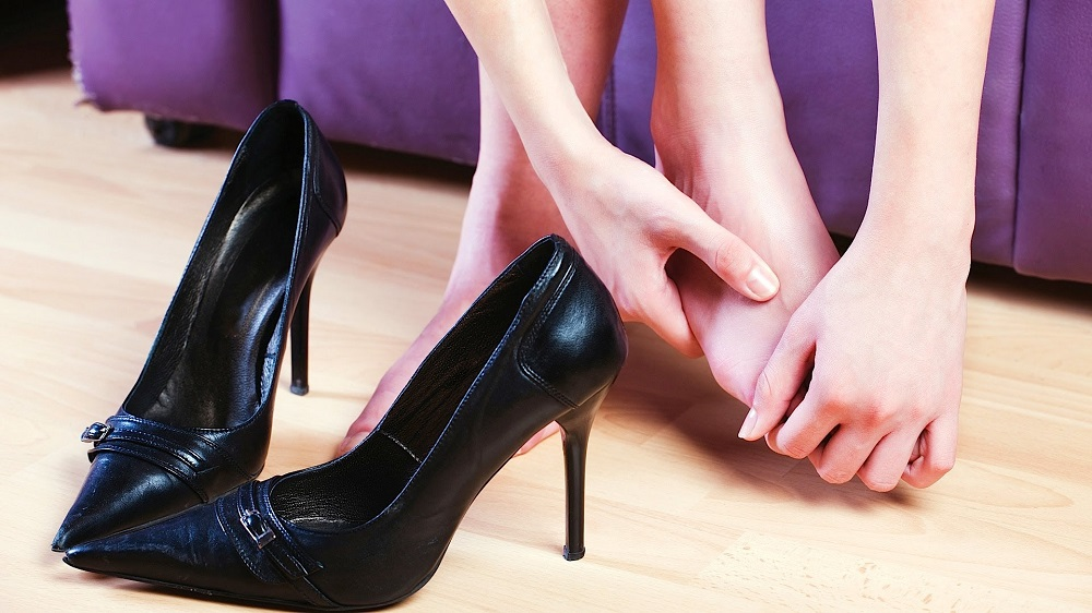 разносить обувь водкой