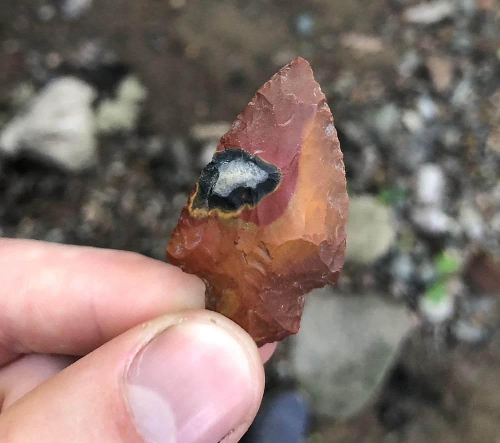 необычные находки наконечник от стрелы