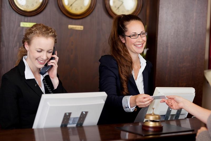 обслуживание в отеле и турецкие курорты