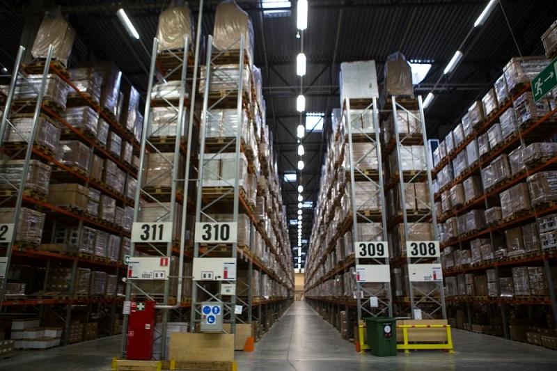 покупки в ИКЕА на складе самообслуживания