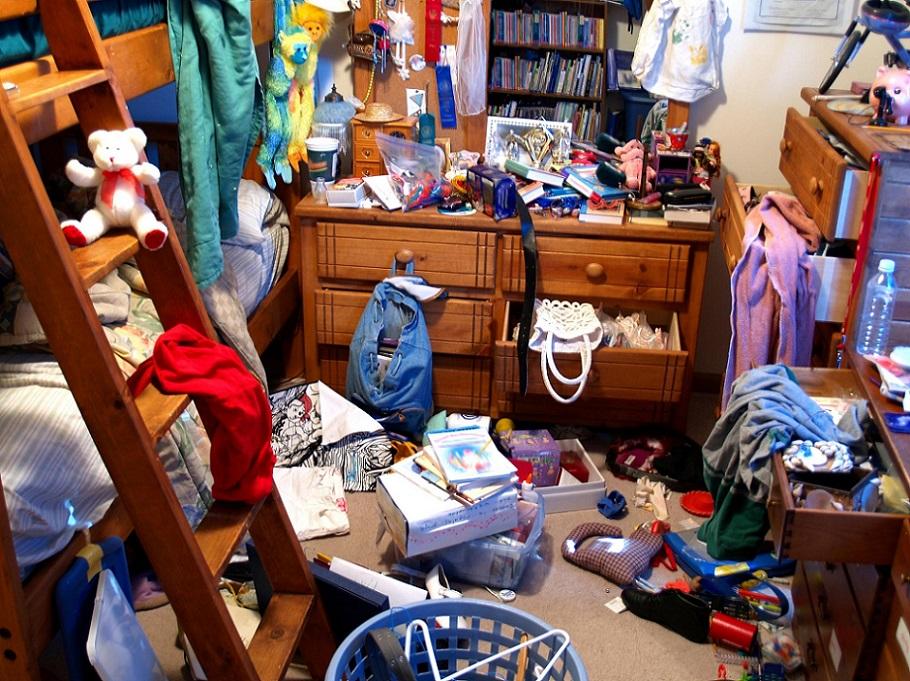 захламление для чистоты в доме