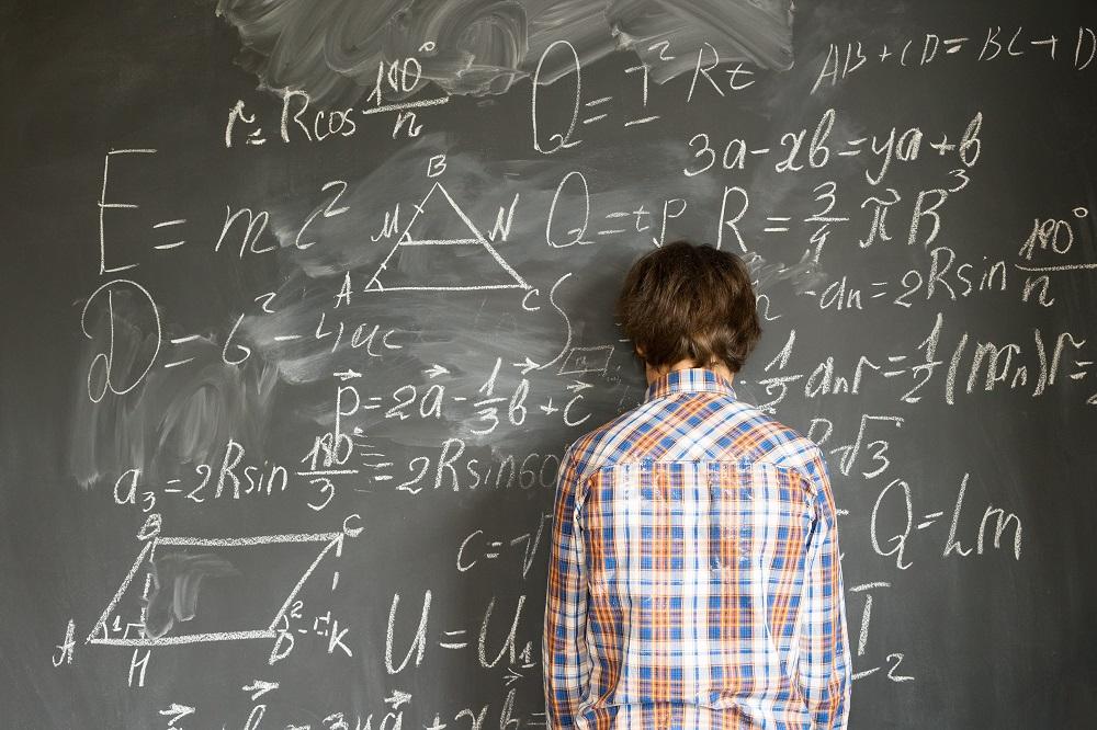 у мальчика не получается с математикой