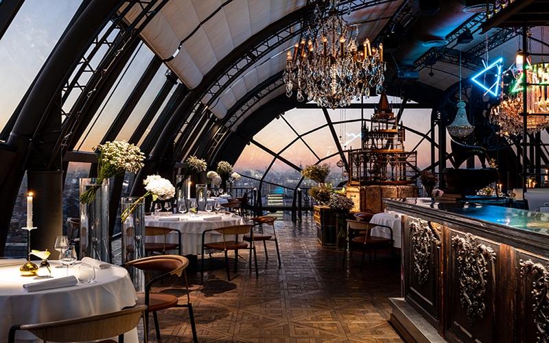 стильный ресторан