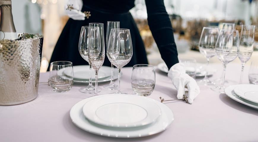 сортировка стола в ресторане