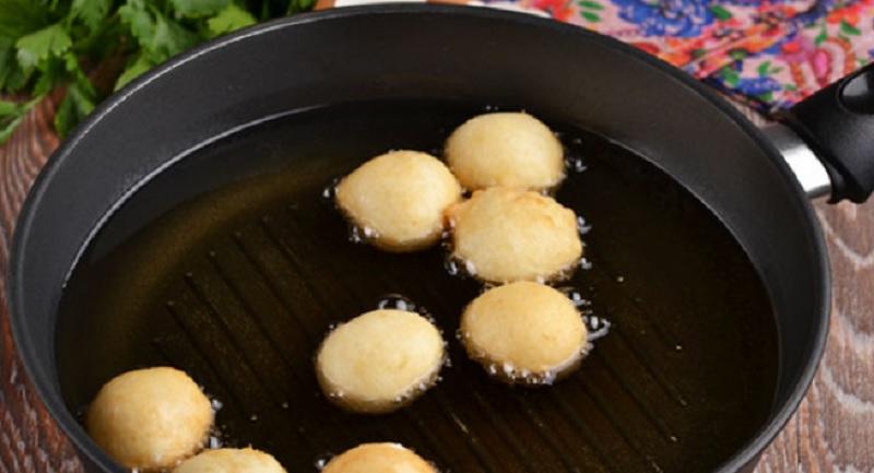 творожные шарики на сковороде