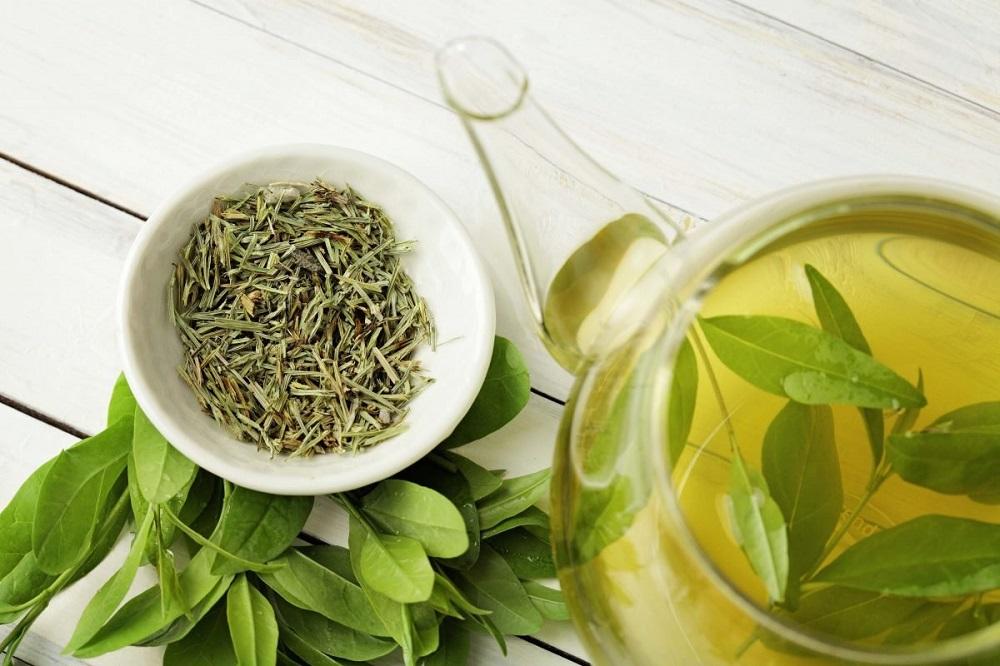 зеленый чай сухой и запаренный