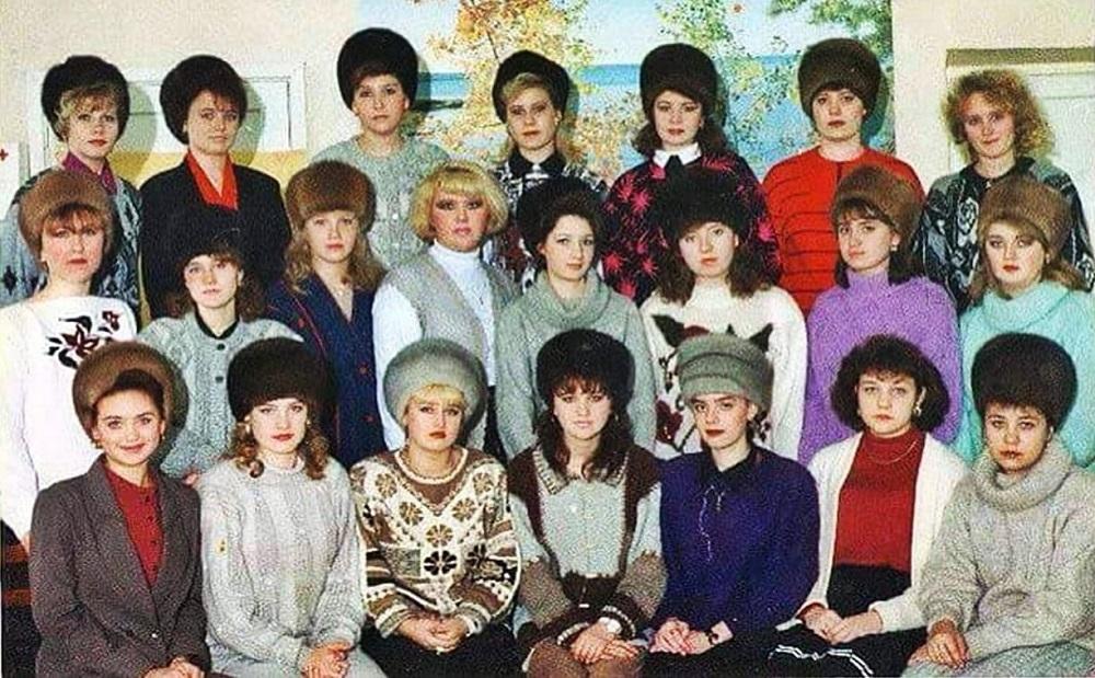 женщины в шапках ссср
