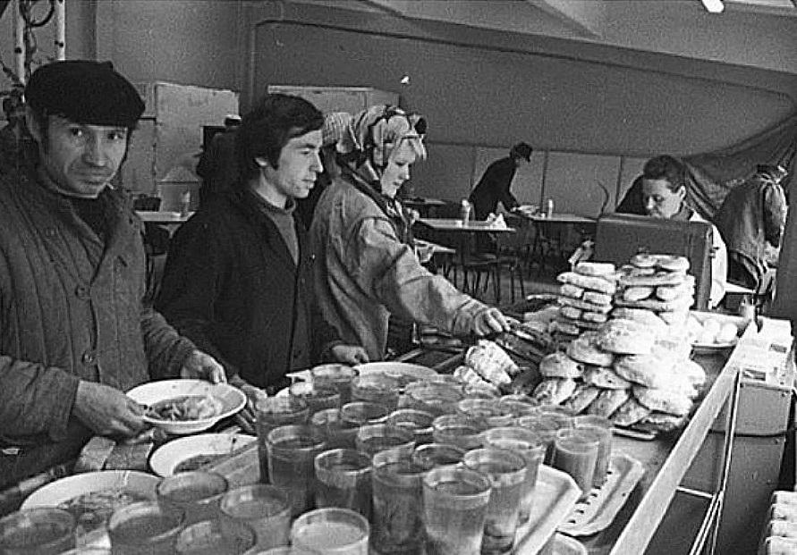питание в советских столовых