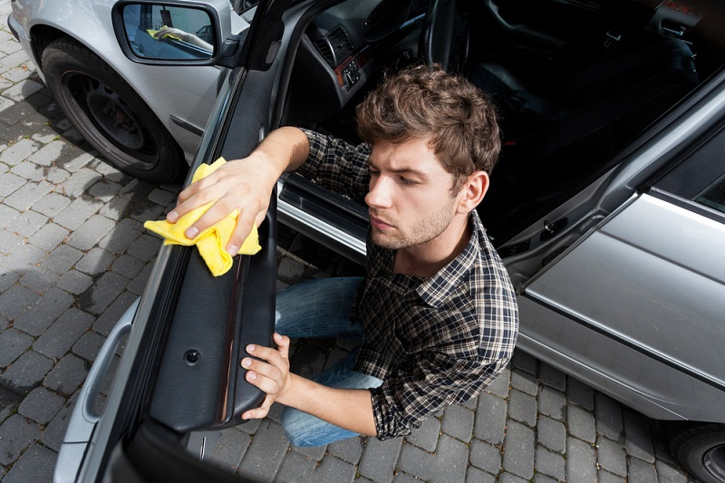 советы водителям авто с кожаным салоном
