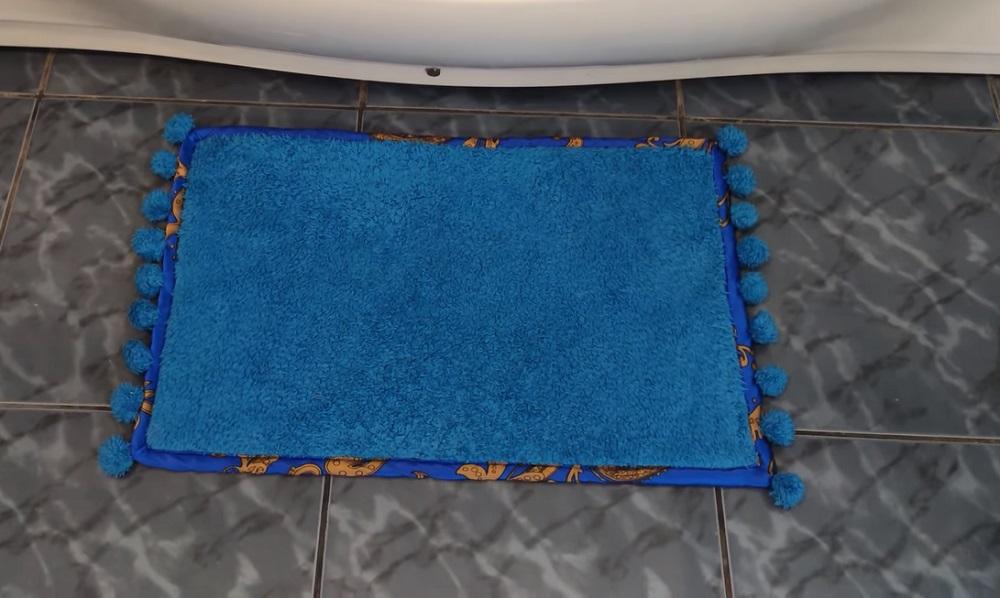 старый махровый халат готовый коврик