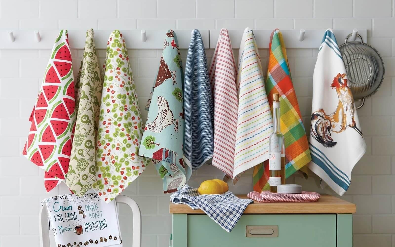 кухонные полотенца на гвоздике