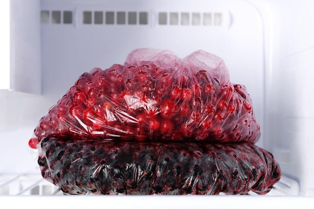 замороженная вишня в пакете